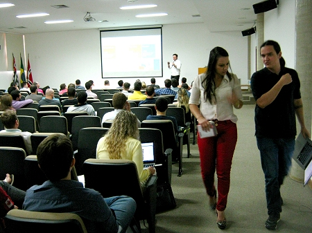http://admin.webplus.com.br/Public/Upload/Assets/200220171348179939376PONB