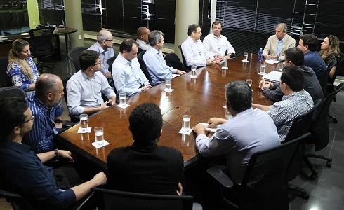 Em reunião com a equipe do prefeito Edinho Araújo, a Apeti busca a efetiva implantação do Parque Tecnológico